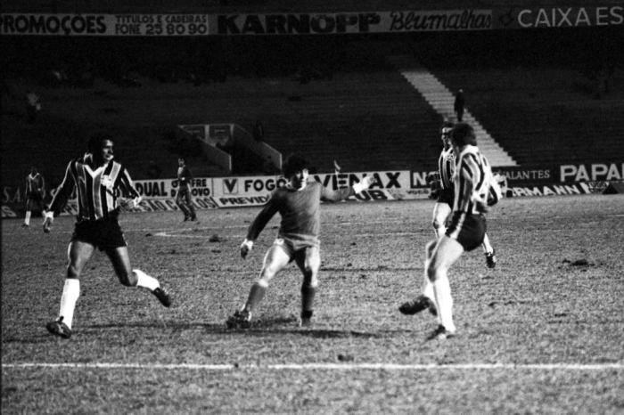 Arquivo:1980.06.26 - Grêmio 1x0 Argentinos Juniors - Foto 2.JPG